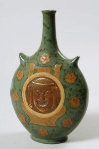 Jugendstil-Flaschenvase, Sèvres, um 1917, H 29cm, Zuschlag: 950,-€