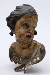 Puttobüste, wohl süddeutsch, Barock, Holz geschnitzt, farbig gefasst, H 25cm, Zuschlag: 1800,-€