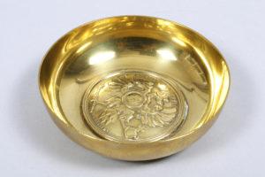 Aschenbecher, vergoldetes Kupfer, Fabergé, Russland, um 1914, D 10,8cm, Zuschlag: 1400,-€