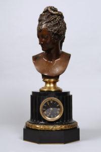 Große Tischuhr, Ferdinand Barbedienne, Schiefer/Bronze, braun patiniert bzw. vergoldet, H 43,5cm, Zuschlag: 1400,-€