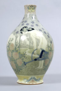 Jugendstil-Vase, Sèvres, Dekor Edouard Frédéric Ballanger, um 1910, H 25,5cm, Zuschlag: 2200,-€
